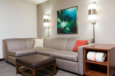 Guestroom - Sofa